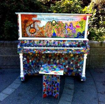 piano-rue-couleurs-art-59